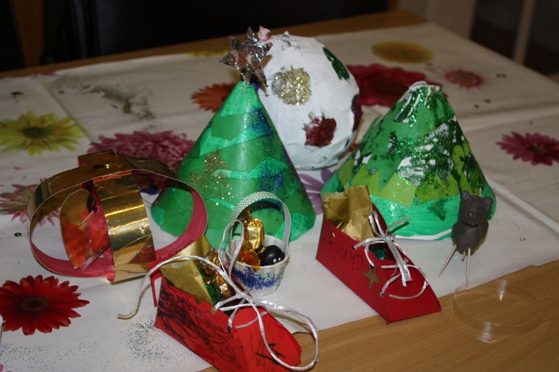 Christmas Crafts - Drop-in