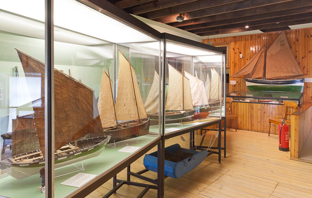 Days of Sail Gallery with models of sailing fishing boats