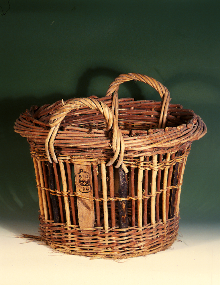 Quarter cran basket