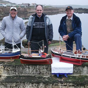 members-thoas-white-george-hughes-and-david-kettles-with-their-boats.