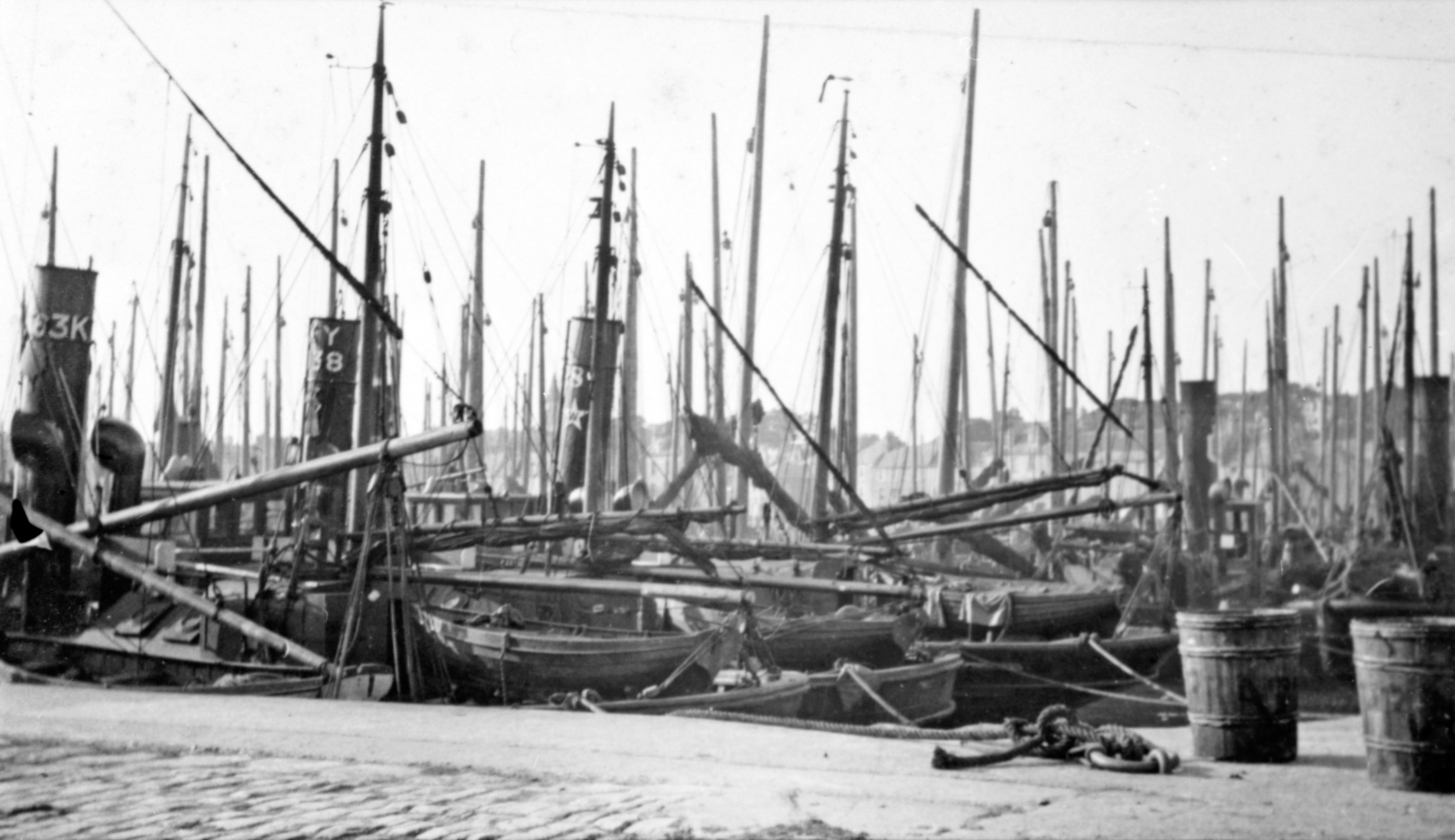 Anstruther Harbour 1910